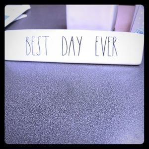 Rae Dunn Best Day Ever paper weight